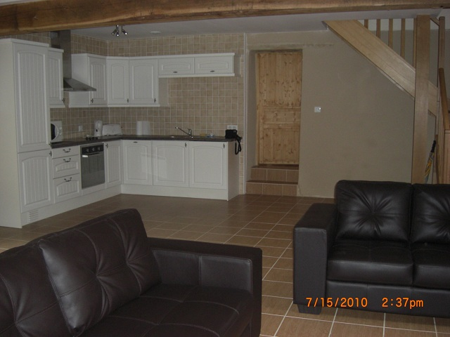 http://www.puyravaudcarp.com/wp-content/uploads/2016/08/kitchen_area_20110918_1486424554.jpg
