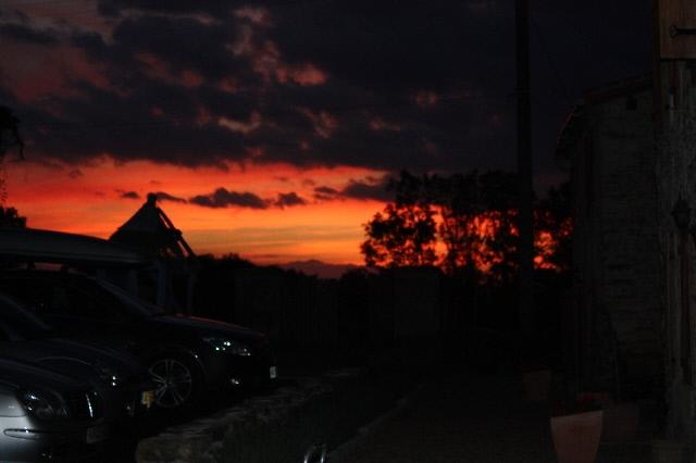 http://www.puyravaudcarp.com/wp-content/uploads/2016/08/sunset_at_puyravaud_20100906_1588283683.jpg