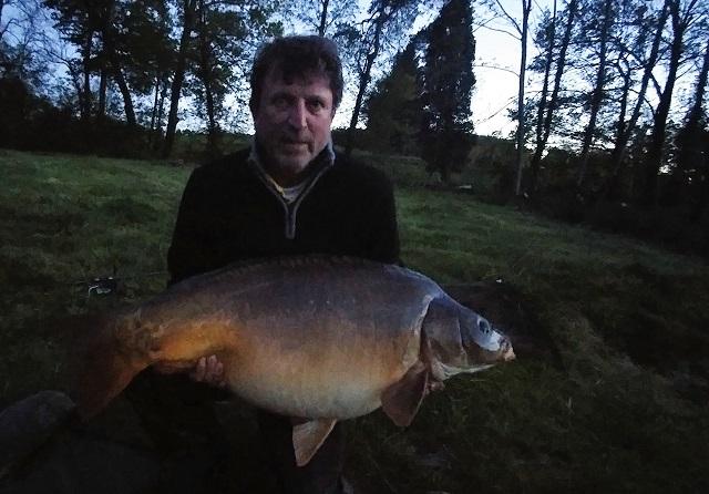 ross-burgess-53lb-8oz-kingfisher-lake-record-659582