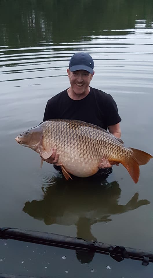 Matts-new-lake-record-57.0lbs.jpg